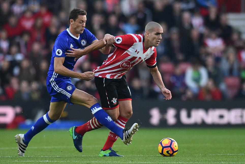 Southampton's Oriol Romeu holds off Chelsea's Nemanja Matic