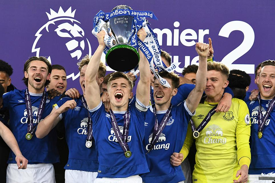 Everton lift the Premier League 2 Division 1 trophy