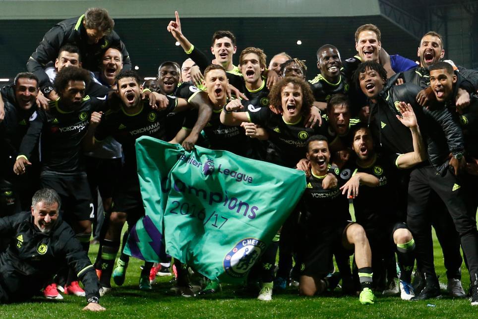 Chelsea celebrate winning the Premier League title