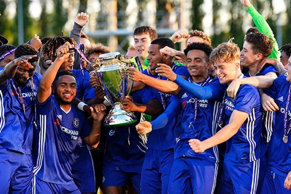 Chelsea celebrate with Premier League Under-18 trophy