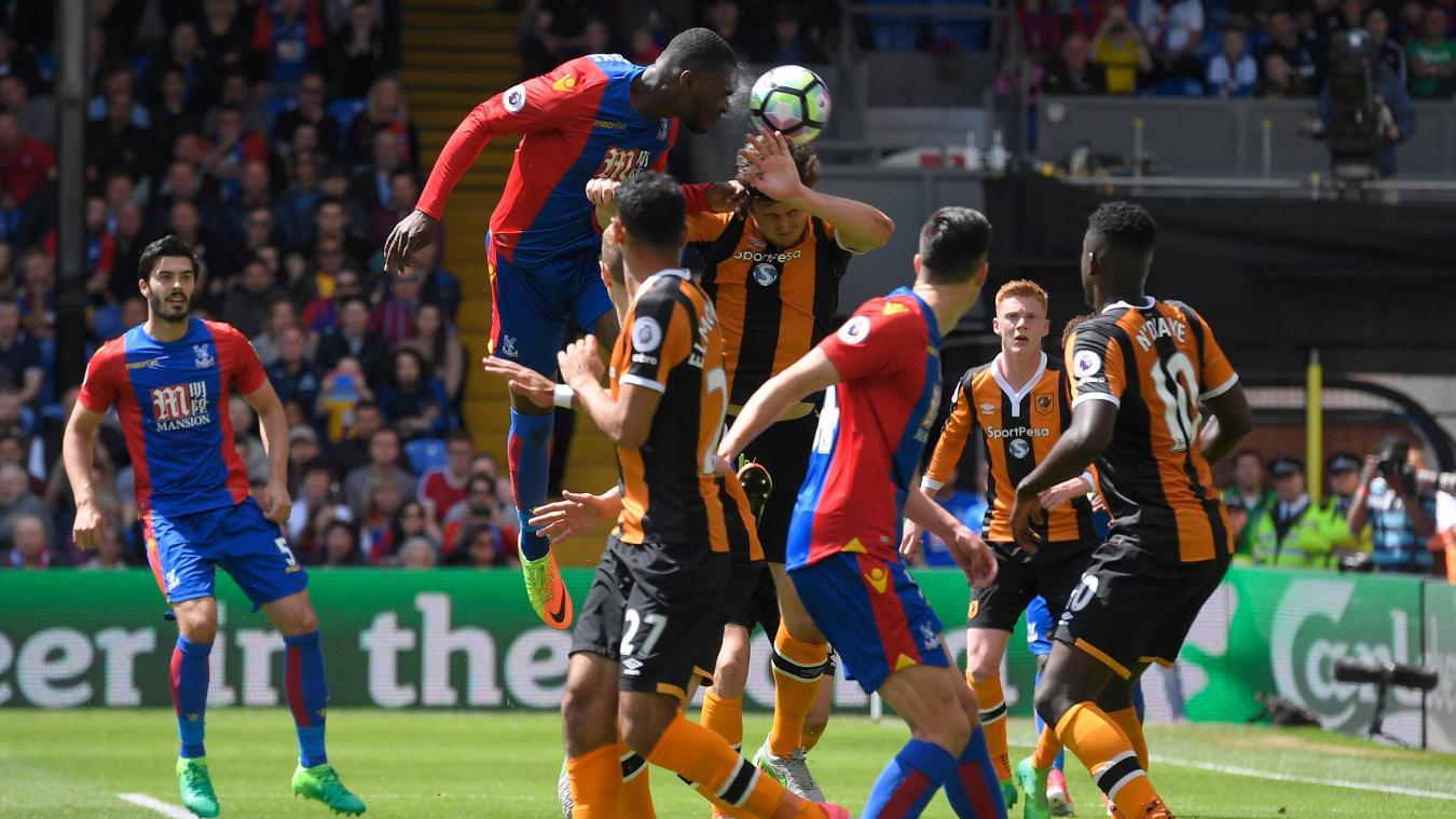Christian Benteke goal, Crystal Palace v Hull City