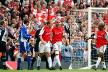 Classic match: Arsenal 4-3 Everton