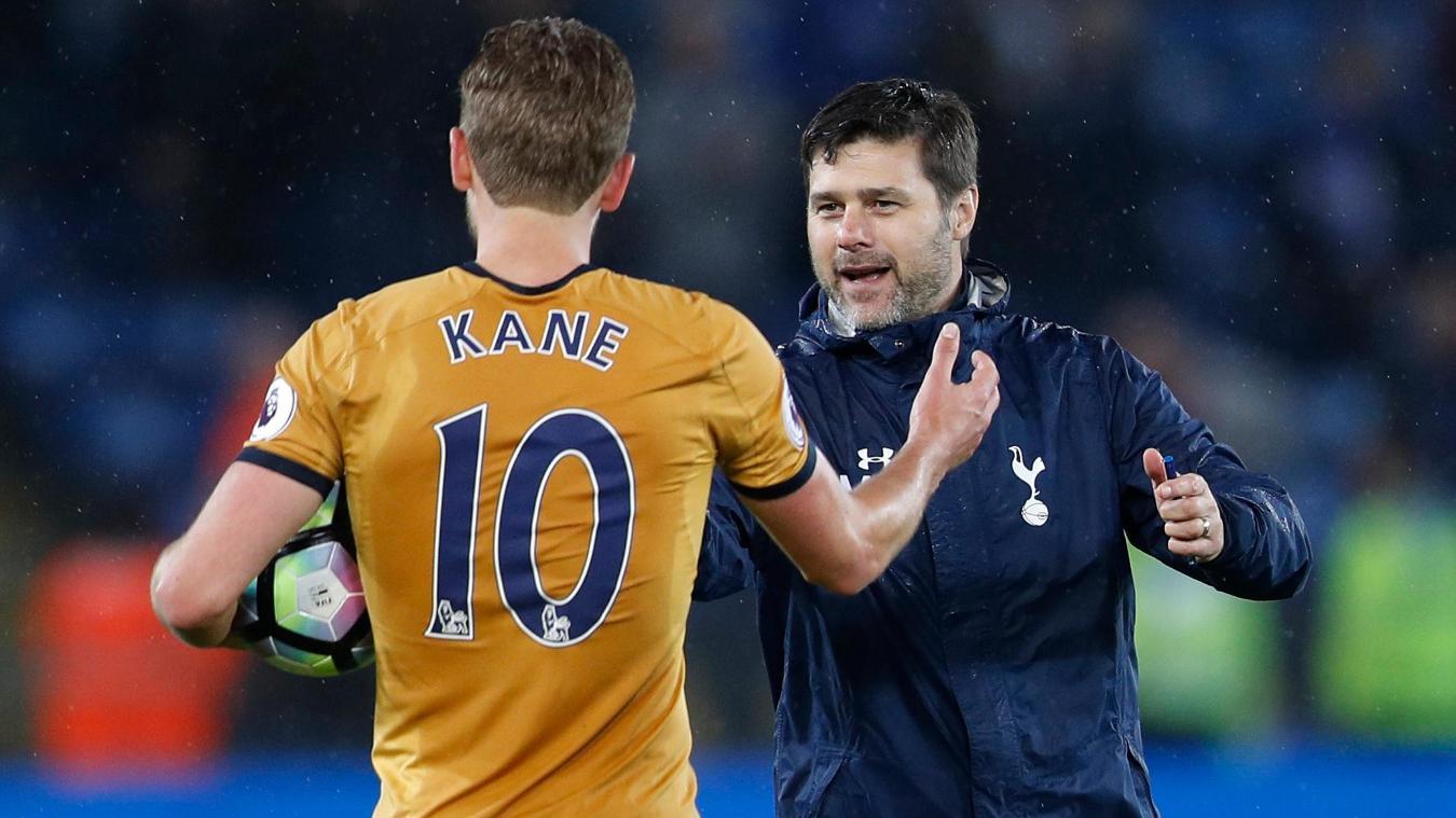 Tottenham Hotspur's Harry Kane and his manager Mauricio Pochettino