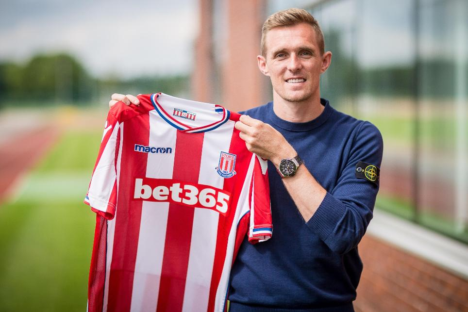 Darren Fletcher signs for Stoke City