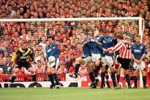 Iconic Moment: Sunderland win Roker Park finale