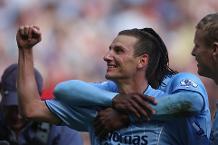Watch Elano's sensational strike versus Newcastle