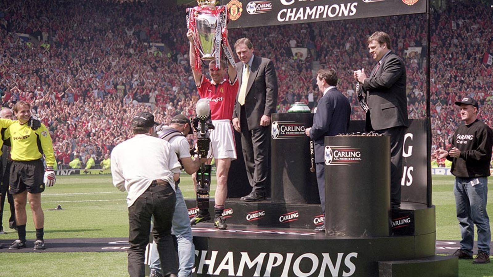 1999/00 Premier League Season Review