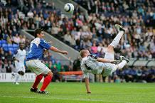 Goal of the day: Nolan's acrobatics for Bolton