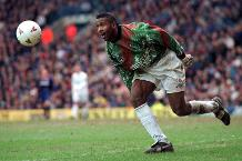 Iconic Moment: Radebe rises to challenge in goal