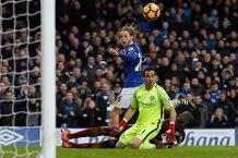 Goal of the day: Davies' deft finish lifts Everton