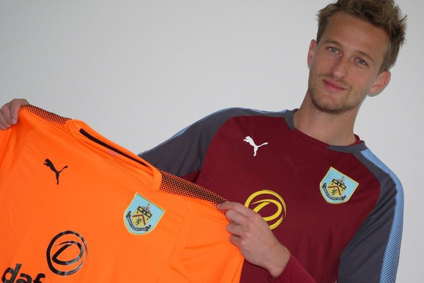 Anders Lindegaard signs for Burnley