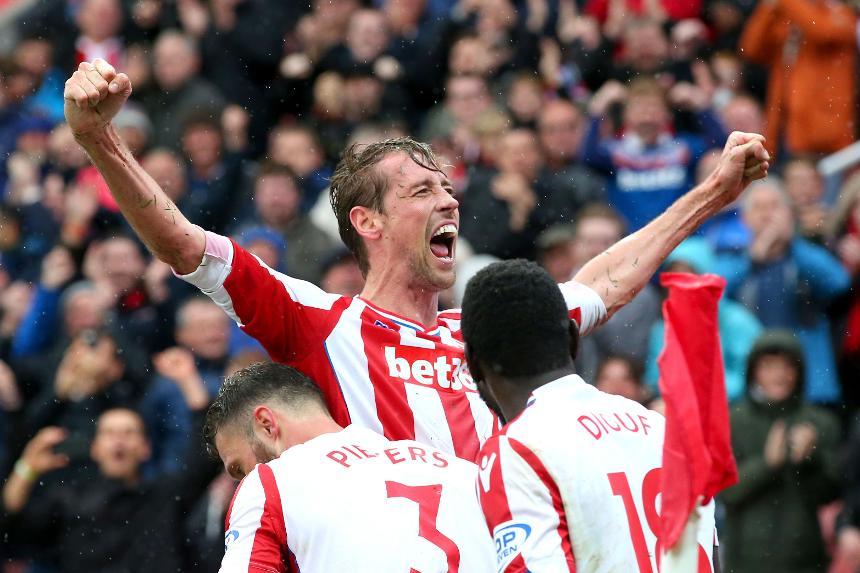 Stoke City v Southampton - Peter Crouch