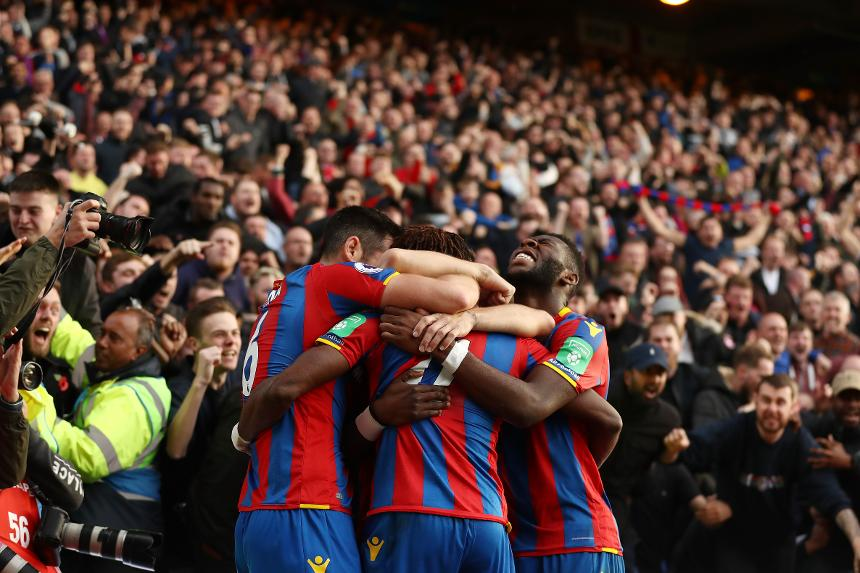 Crystal Palace v West Ham United - Players celebrate