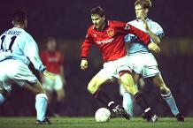 Iconic Moment: Kanchelskis's Manchester derby treble