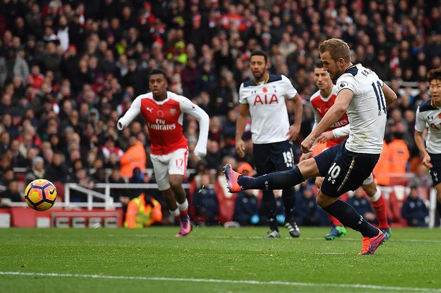 Harry Kane scoring against Arsenal