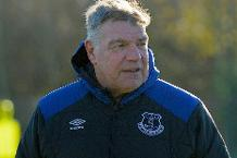 Sam Allardyce in Everton training
