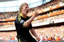 Iconic Moment: Kuyt scores latest PL goal