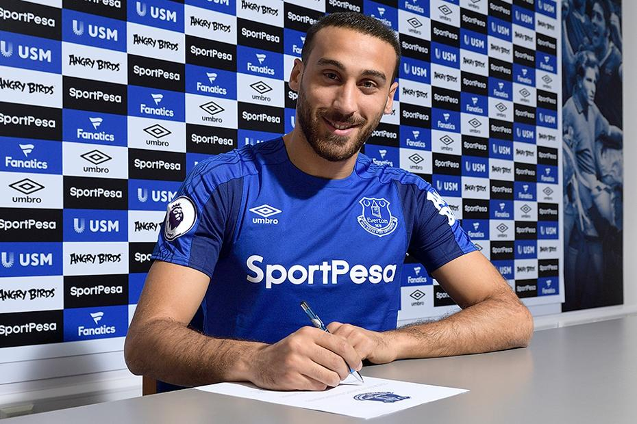 Cenk Tosun signs for Everton