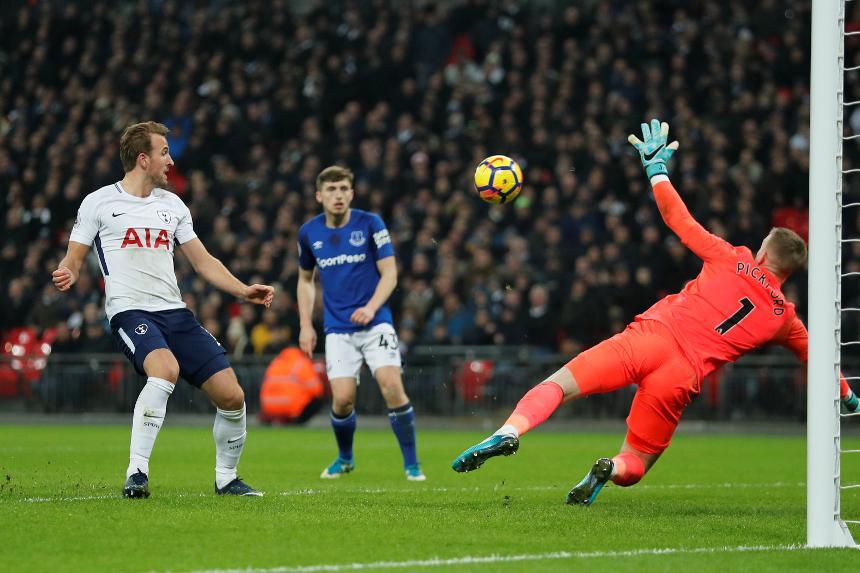 Tottenham Hotspur v Everton