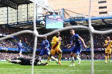 Flashback: Benteke's brilliant dink at Stamford Bridge