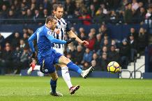 Vardy volley earns Carling Goal of the Month