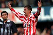 Goal of the day: Le Tissier's sublime chip
