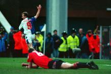 Blackurn 2-0 Man Utd, 1993/94
