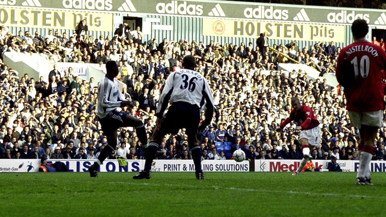David Beckham, Manchester United goal in 2001/02