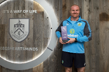 Dyche's Burnley first with Barclays award