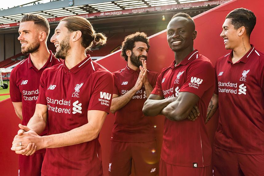 2018/19 Liverpool home kit