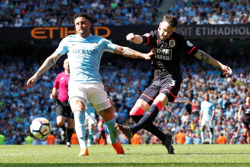 Scott Malone - Manchester City vs Huddersfield Town