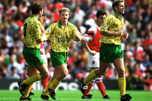 Iconic Moment: Norwich stun Arsenal in PL opener