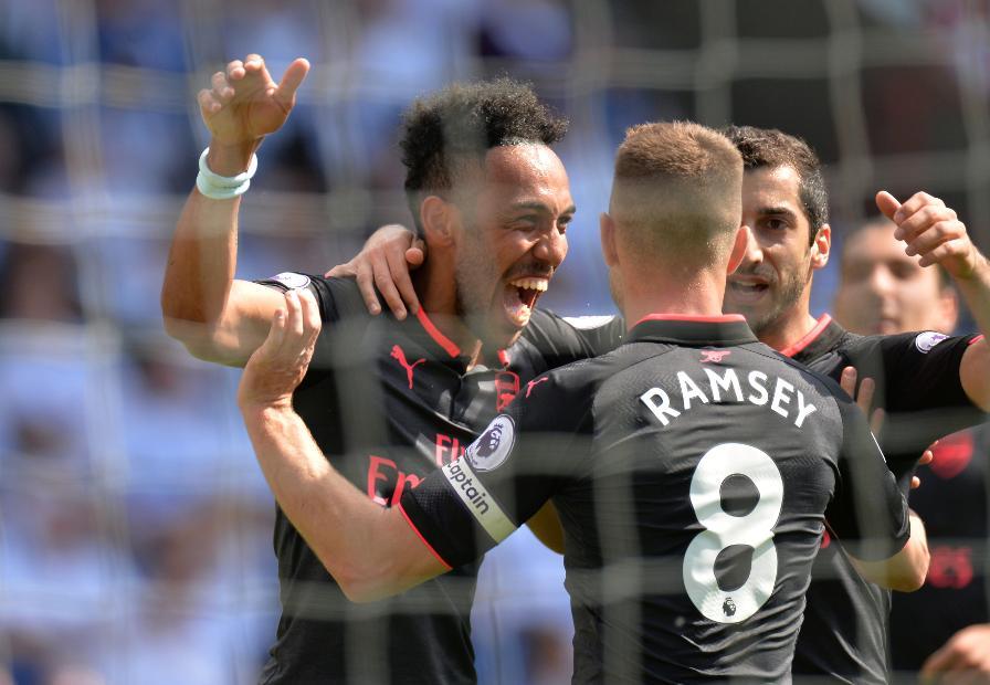 Huddersfield Town v Arsenal