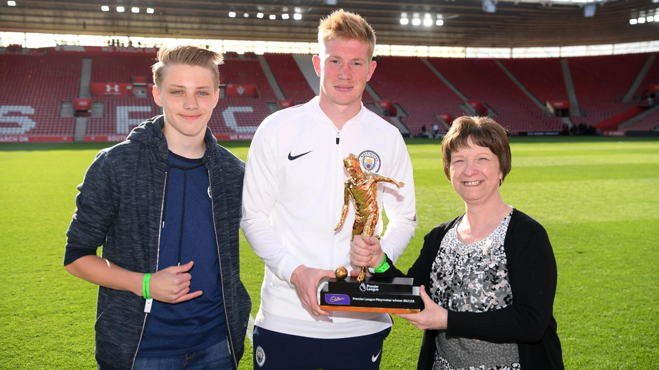 Kevin De Bruyne receives Playmaker of the Season award