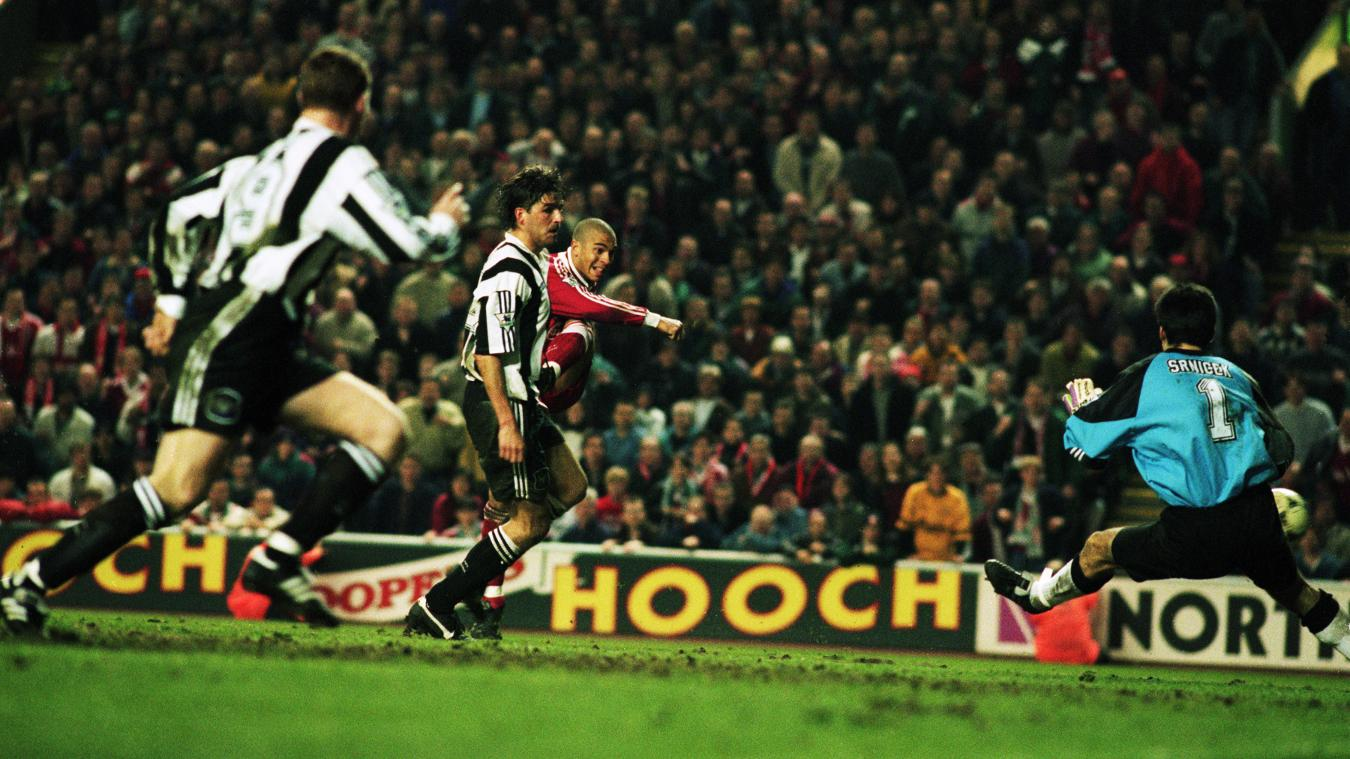 Collymore v Newcastle 95.jpg