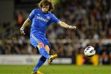 Flashback: David Luiz rocket at Craven Cottage