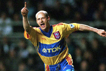 Iconic Moment: Crystal Palace sign Lombardo