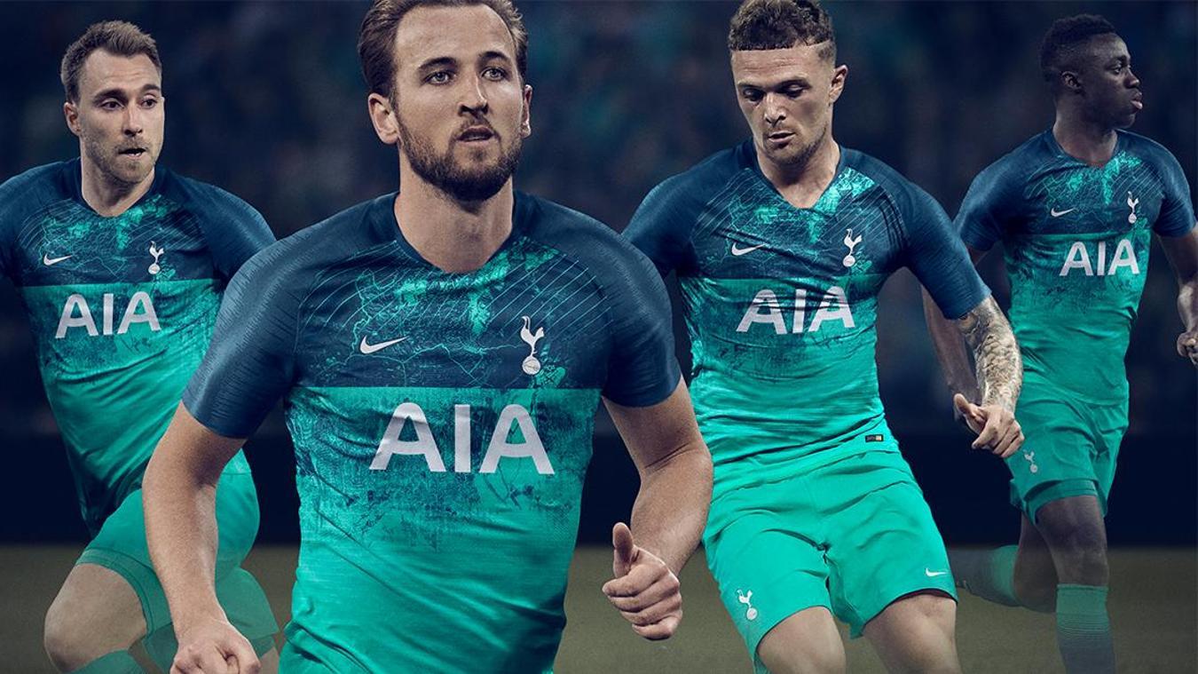 Spurs third kit.jpg