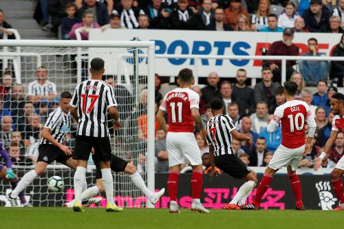 Newcastle V Arsenal 2018 19 Premier League