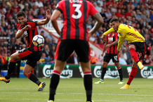 Goal of the day: Capoue's cracker against Cherries