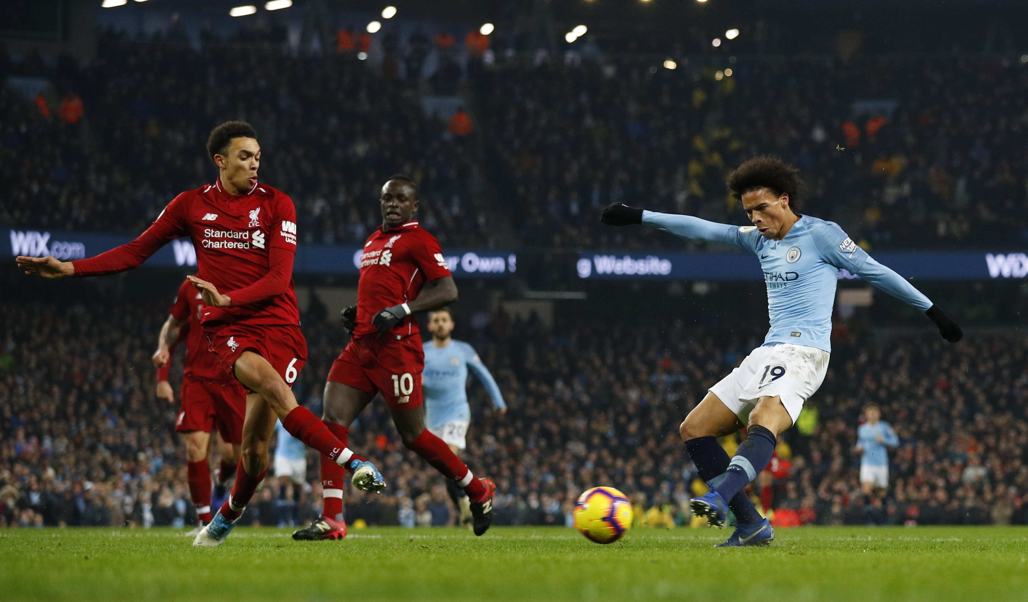Man City hand Liverpool their first defeat