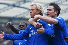 Flashback: Gudjohnsen lets fly against Fulham
