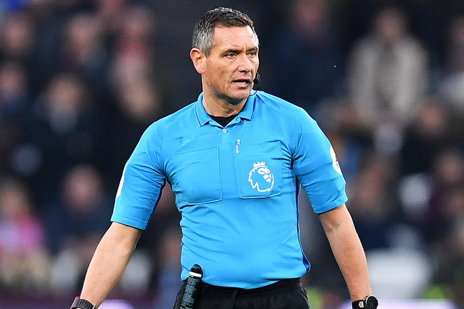 Andre Marriner, referee