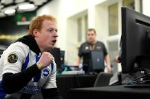 FIFA 19 gamers battle to represent Brighton in ePL final