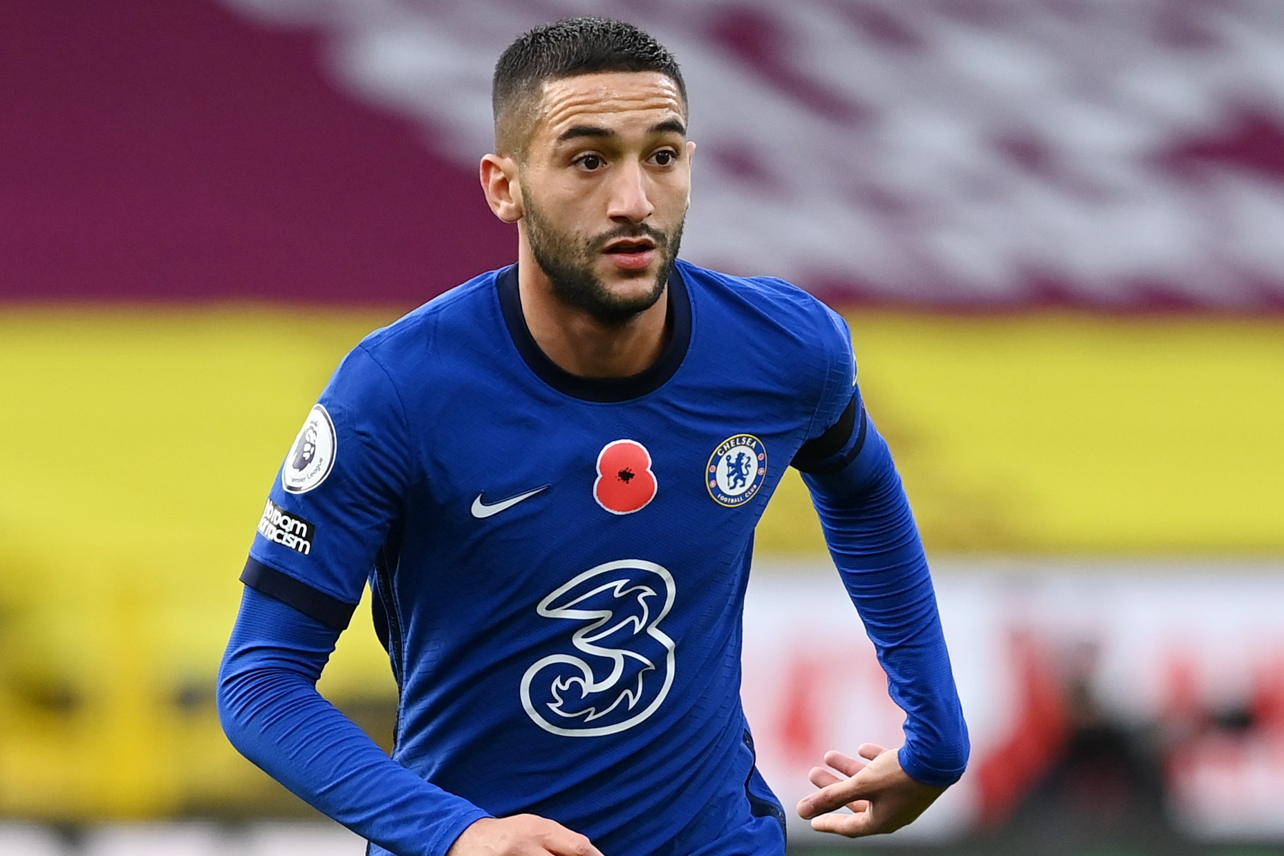Ziyech inspires Chelsea to victory at Burnley